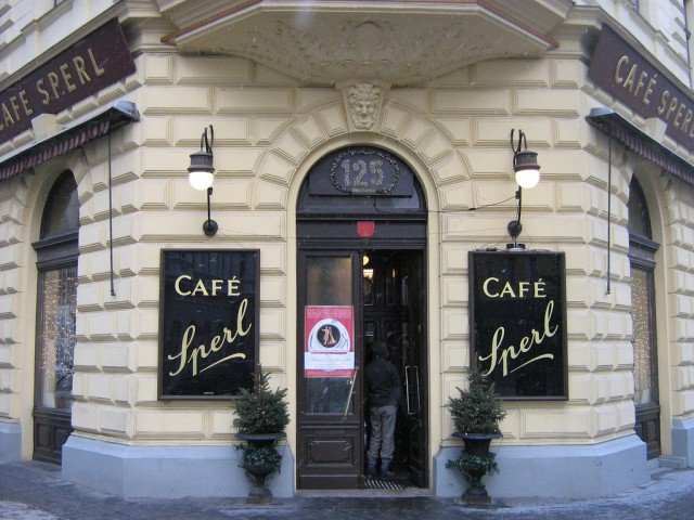 Excursion trip on the Vienna cafes